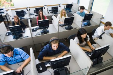 computer students in a training class